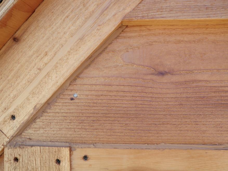 Using a cedar/tan colored caulk to seal the gaps… | Built By