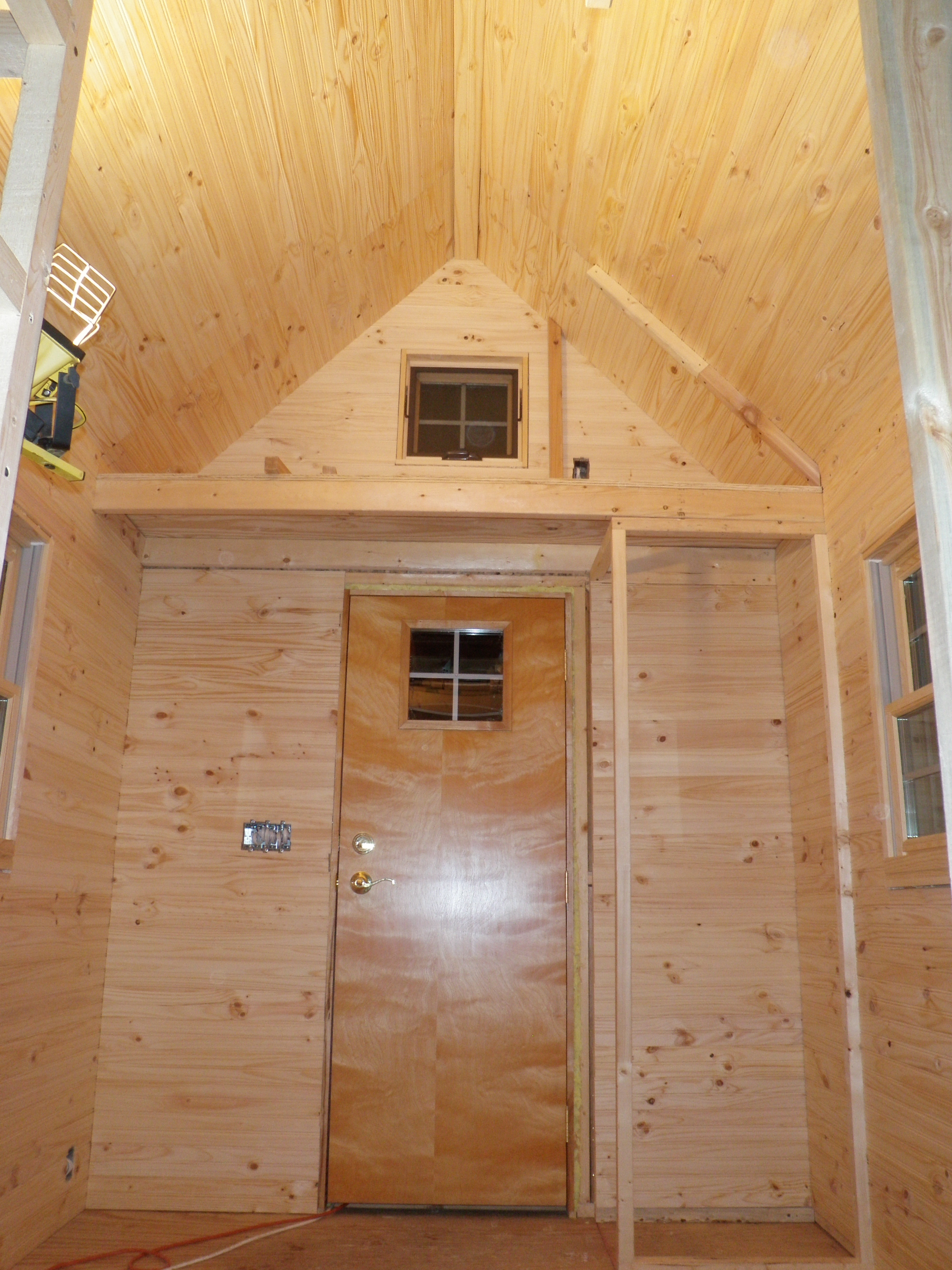 Walls Built By Friends Evan Amp Gabby S Tiny House Page 2